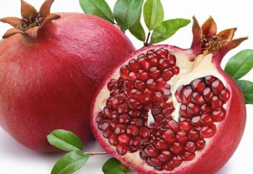 Pomegranate to maintain firm breasts