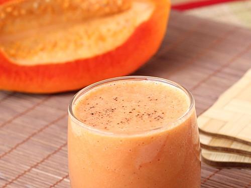 Mixture of Papaya Juice and Milk